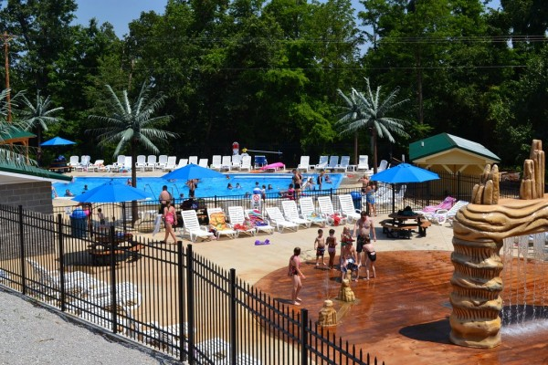 Pools & WaterZone Splashpad 1